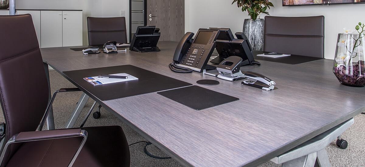 Schreibtisch_contora